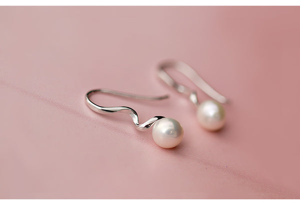 SILVER OF LIFE PULL TROUGH EARRINGS WITH PEARL DROP