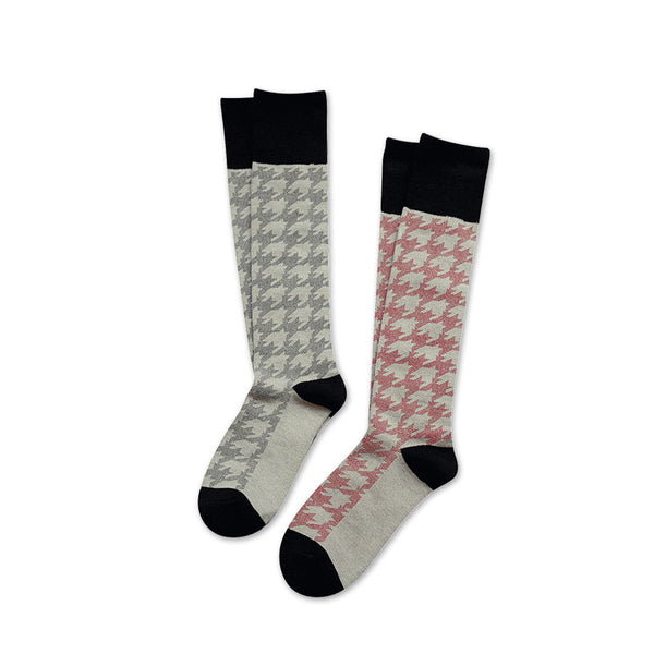 MONDAYS KNEE HIGH SOCKS WITH ABSTRACT STRIPE PATTERN