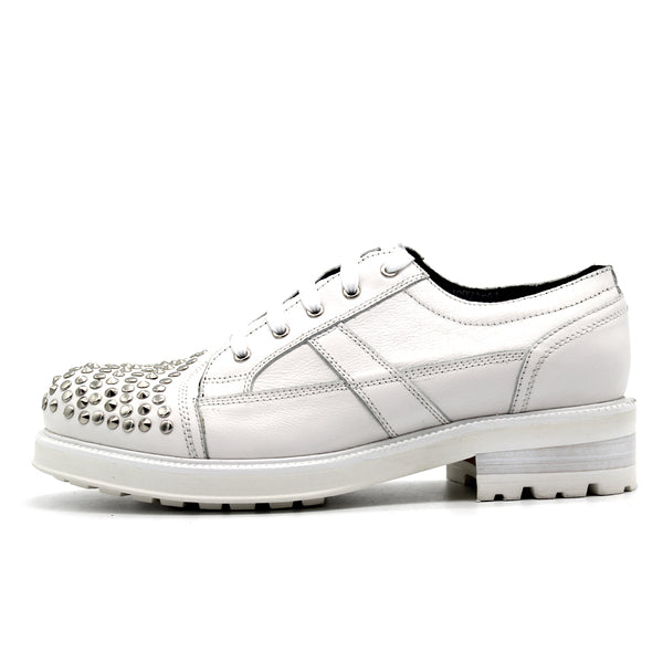 JINIWU VANGUARD BRITISH STUD STYLE SHOES WITH RIVET IN WHITE - boopdo