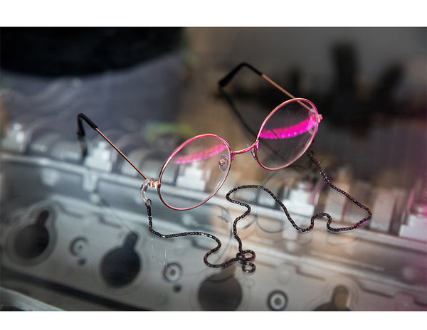 ABOWLIFE TRANSPARENT MIRROR GLASS SUN GLASS WITH CHAIN - boopdo
