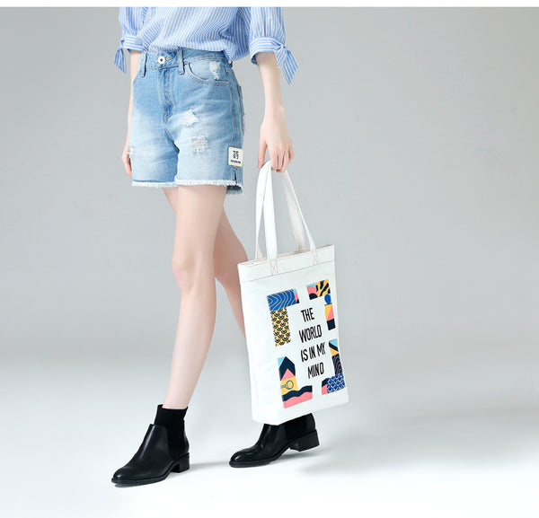 TOYOUTH THE WORLD IS IN MY MIND IN CANVAS TOE BAG 8712826008