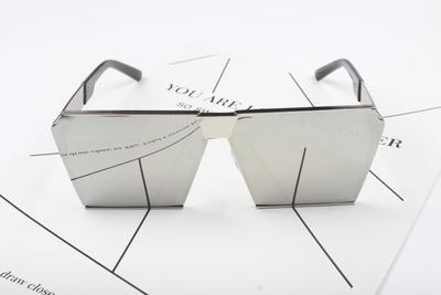 BOLIMU BIG BOX SQUARE FRAME SUNGLASSES