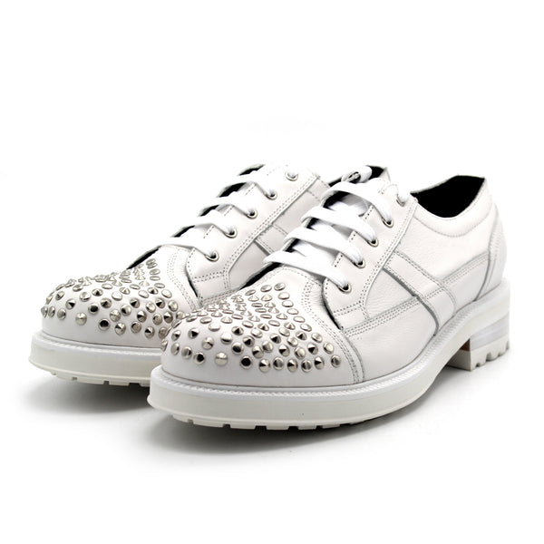 JINIWU VANGUARD BRITISH STUD STYLE SHOES WITH RIVET IN WHITE