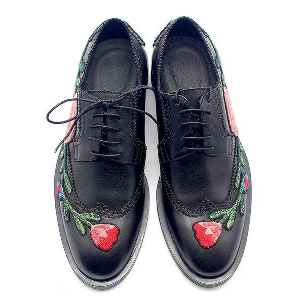 JINIWU VANGUARD HANDMADE ROSE DECORATED BROCK STYLE LEATHER SHOES IN BLACK - boopdo