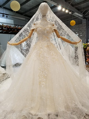 64b58dc5438c7 Golden Lace Sweetheart Wedding Dress With Veil