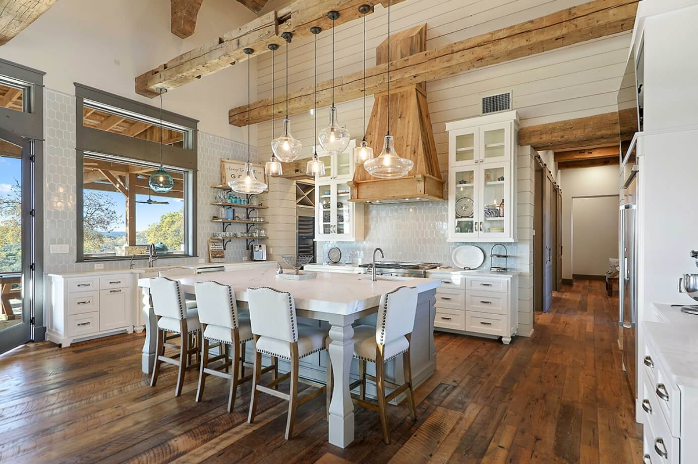 Farmhouse design style kitchen