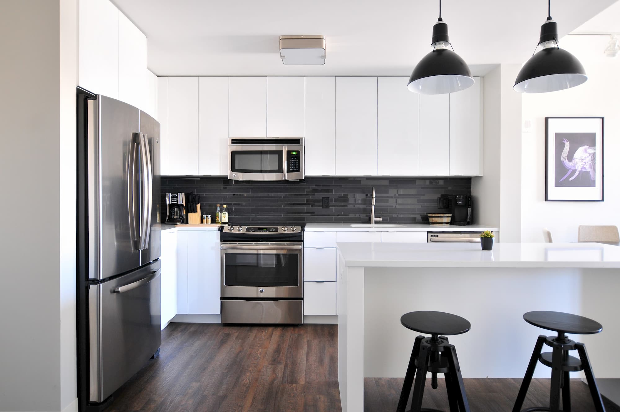 Tips for kitchen and bathroom maintenance