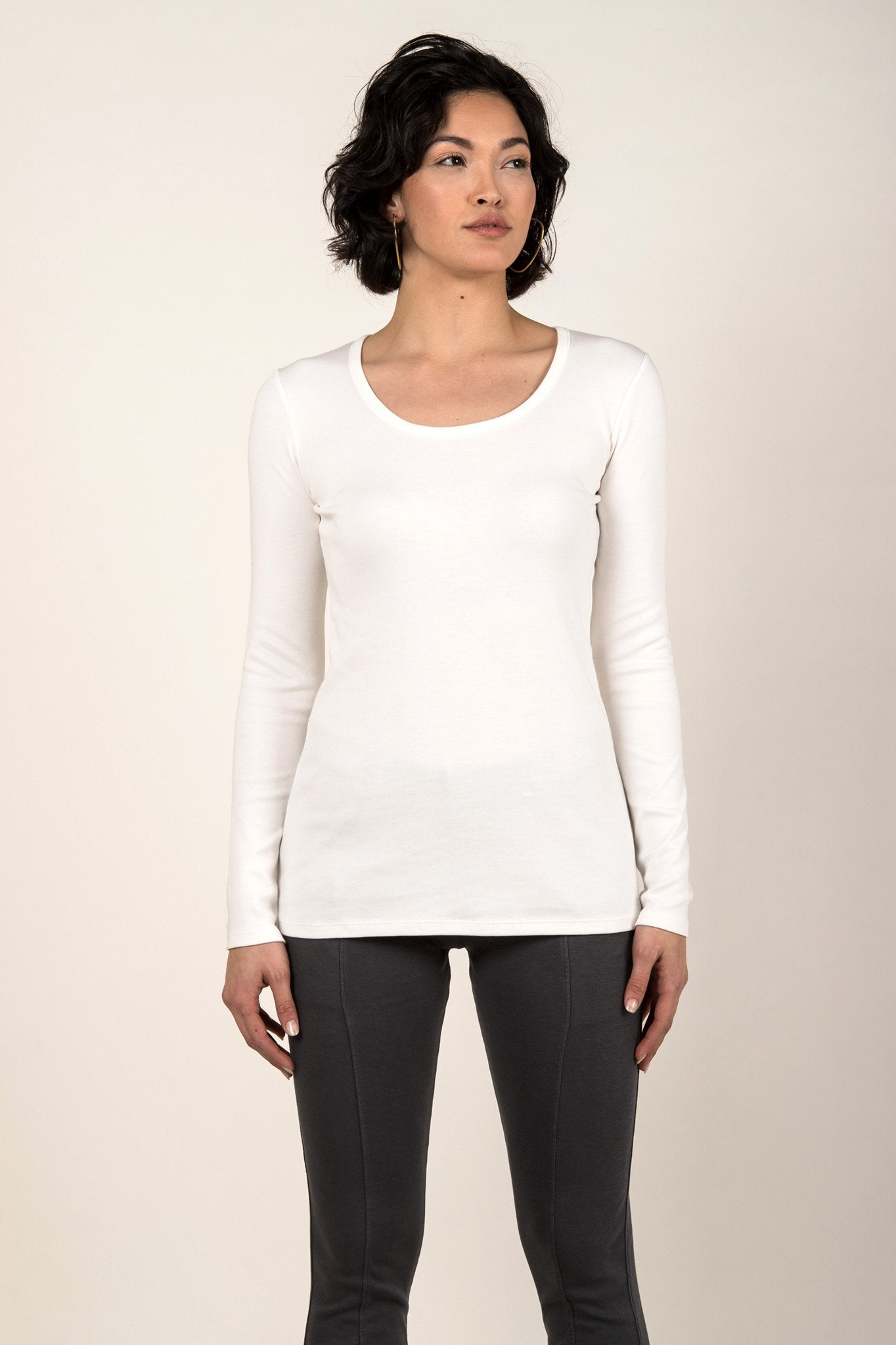 Essential Long Sleeve Scoop