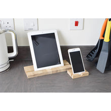 """Slide-Strong"" Apple iPhone ' Stand / Dock - Oak"