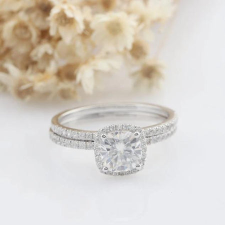 6.0mm Cushion Cut Moissanite Engagement Ring Set Halo Promise Rings