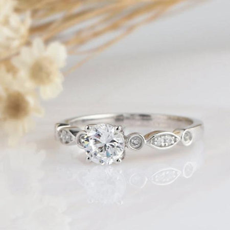 1CT Round Moissanite Engagement Ring White gold Ring For Women
