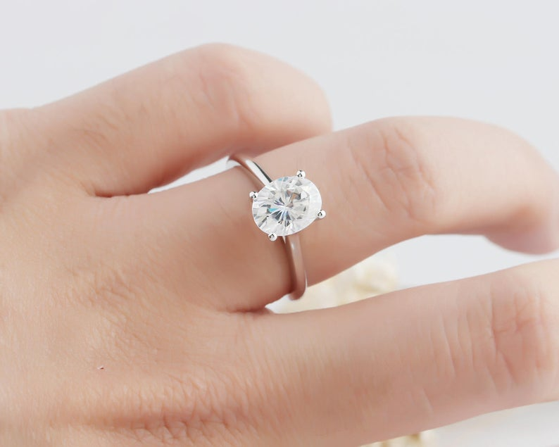 Cut 2CT Oval Moissanite White Gold Ring Engagement Ring