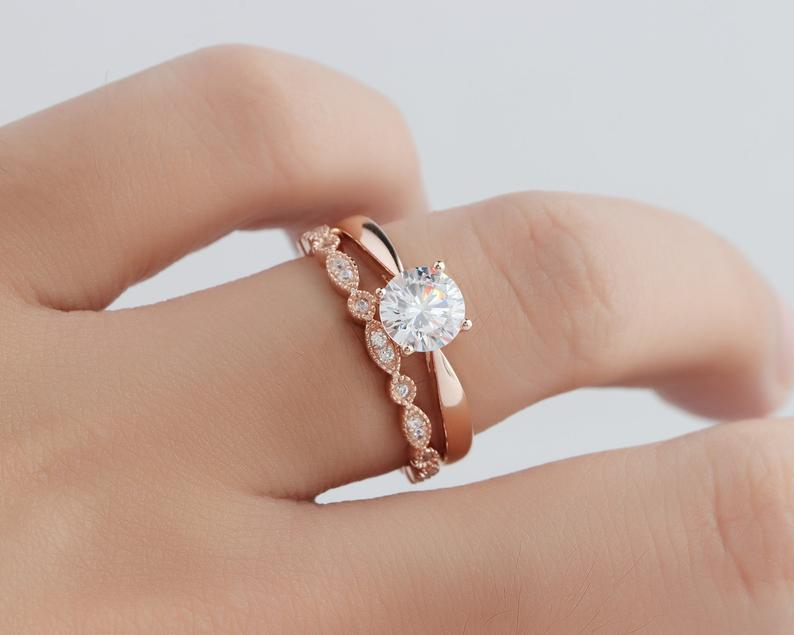 1CT Round Art Deco Moissanite Ring Sets Rose Gold Ring For Women 2PCS Rings