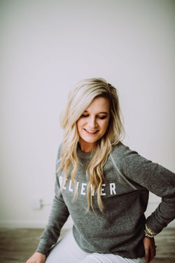 BELIEVER Crewneck heather gray