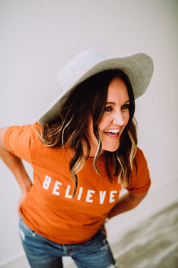 BELIEVER Tee Burnt Orange