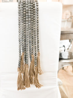 Jute Gray washed bead garland