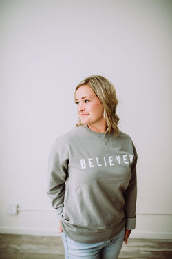 BELIEVER Crewneck Salt