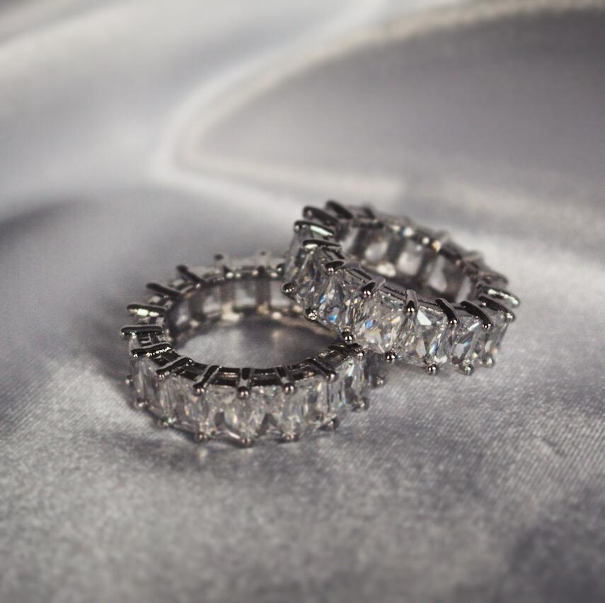 Estee Lane Luxus Eternity Ring