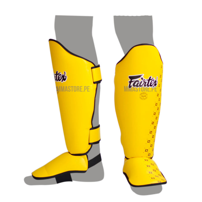Canilleras de Muay Thai Fairtex  SP5 Amarillo - 100% Cuero Syntek