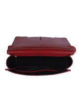 Load image into Gallery viewer, Chain Detail Clutch-Red