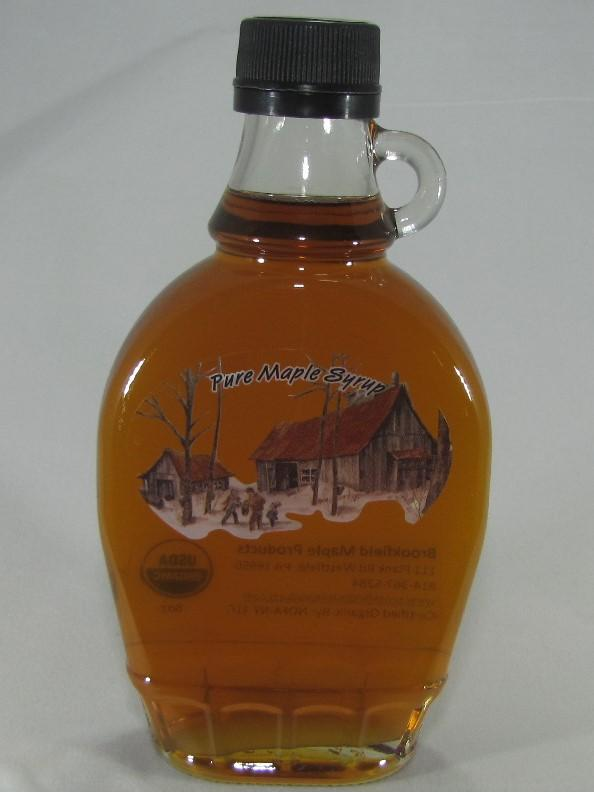 200ml glass maple syrup container with golden maple syrup