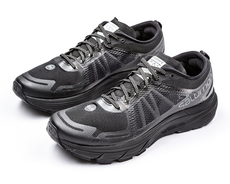 Satisfy / Salomon SONIC RA MAX - Black - Front Side