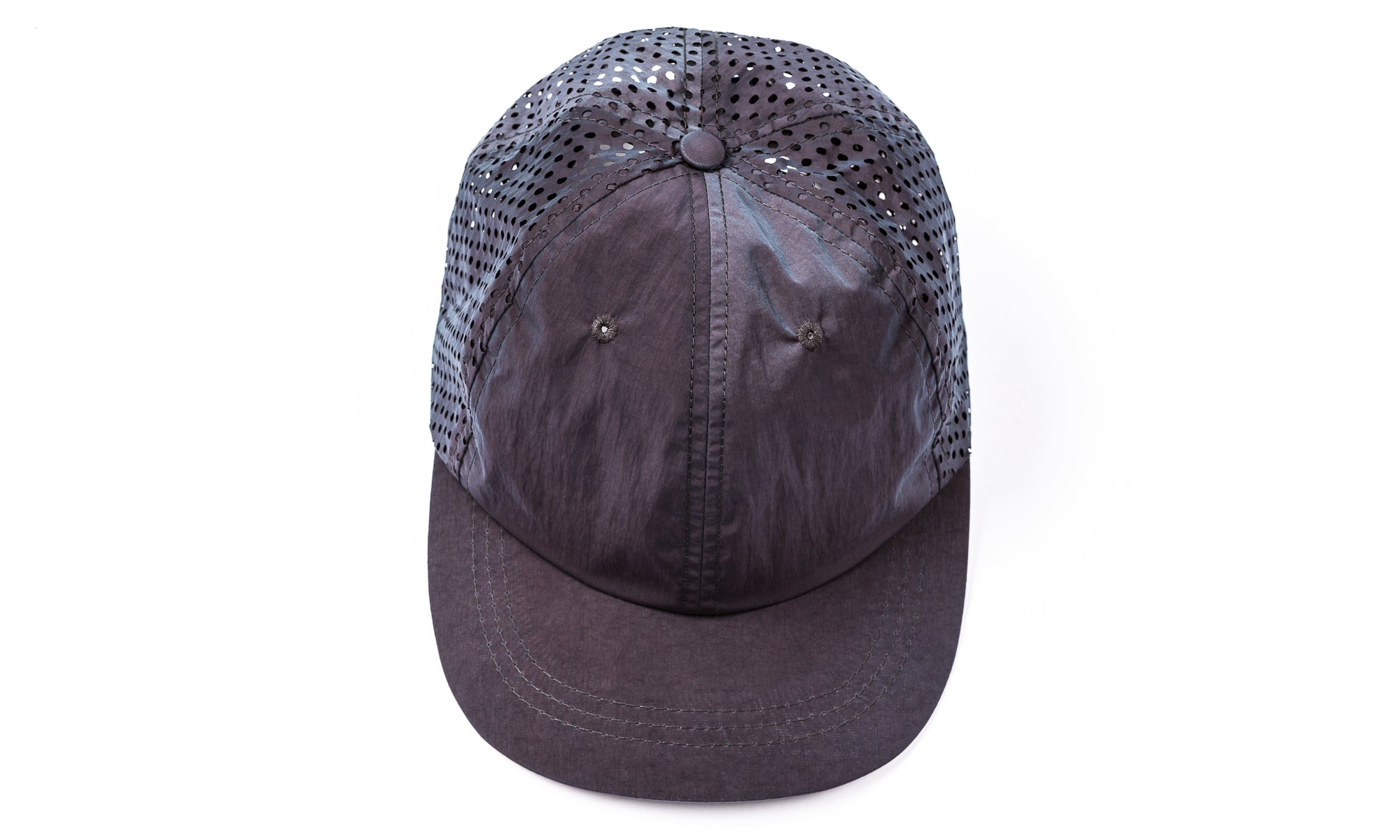 Perforated Running Cap Silk - Moon - Front
