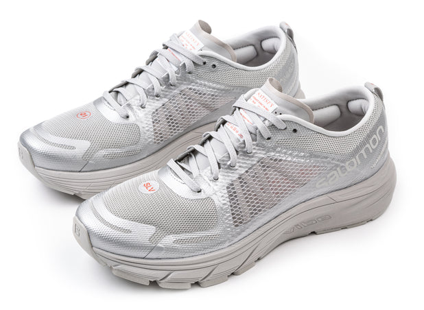 RUNNING SHOES – Satisfy