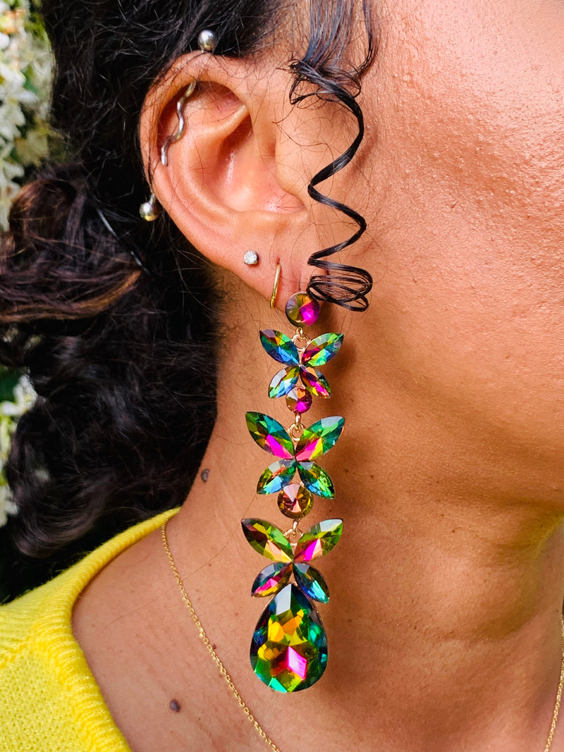 Now You See Me Earrings - Lavish Accessories & Shoe House