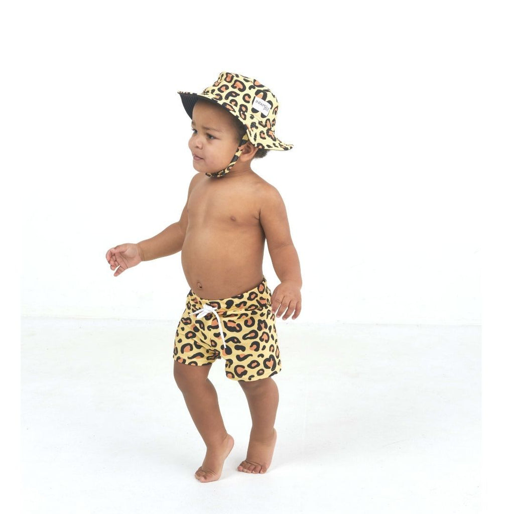 hugh_trunks_and_daisy_hat_sun_leopard_2.jpg