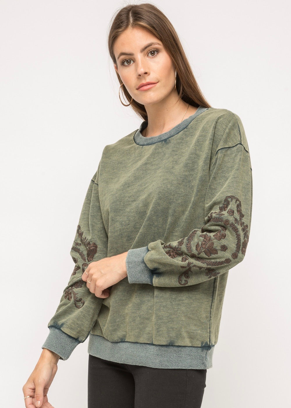 Couch Queen Pullover