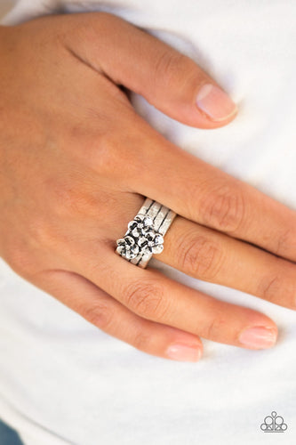 Paparazzi Ring This ISLAND Is Your ISLAND - Silver