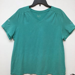 D & Co essentials mint green top size 1X