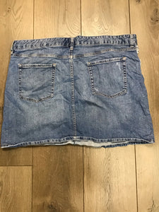 Gap jeans denim skirt size 18/34r