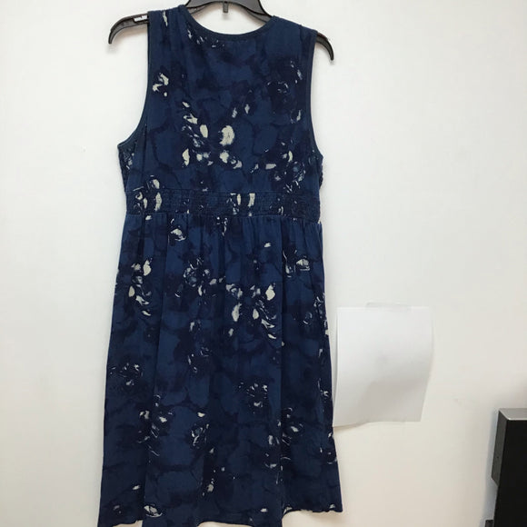 Charter club petite dust blue dress with print at bottom XL