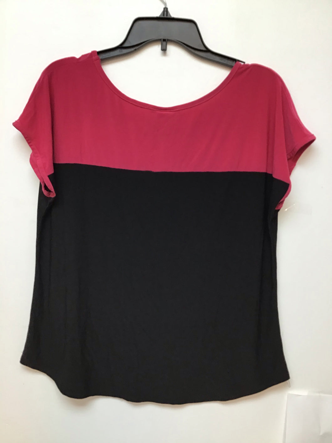 Carol Rose Black and hot pink top size large