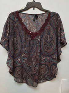 Full tilt multi color print blouse size medium