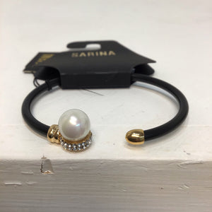 Sarina black with rhinestone and pearl design