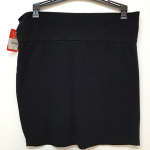 Charlotte Russe black skirt size large 100% cotton
