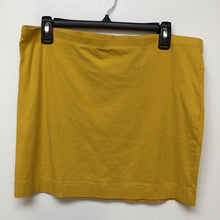 H&M yellow skirt size large