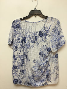 Unbranded white top with floral print size XXL