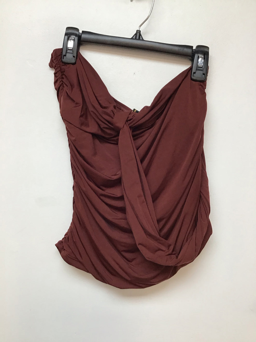 Hermany brick size 8 halter top