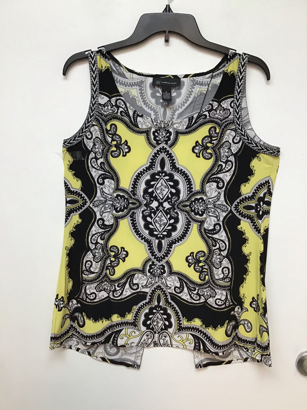 I N C international concepts yellow white and black print size M