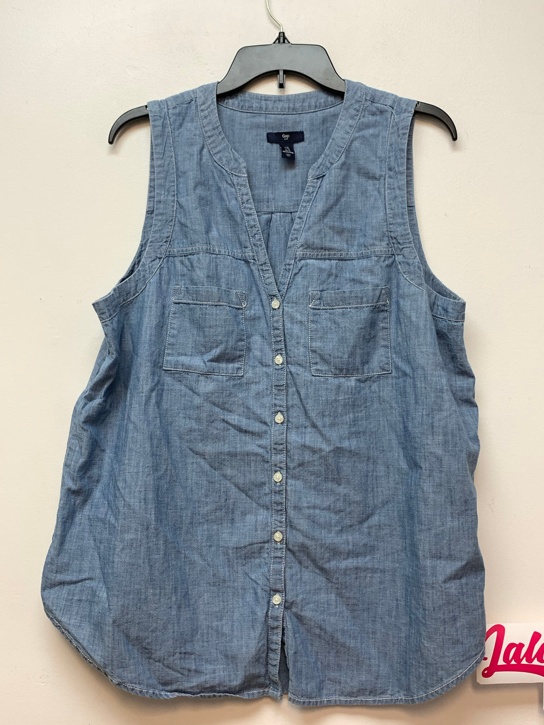 GAP Sleeveless Button Down - Denim