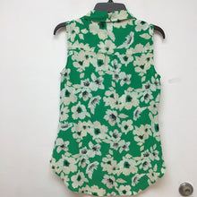 Merona green sleeveless top with beige floral design size medium