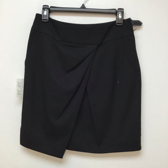 H&M black skirt size 8