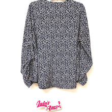Forever 21 Plus Size Zipper V Neck Digital Pattern Blouse