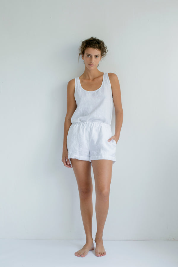 SHORT PANTS, WHITE