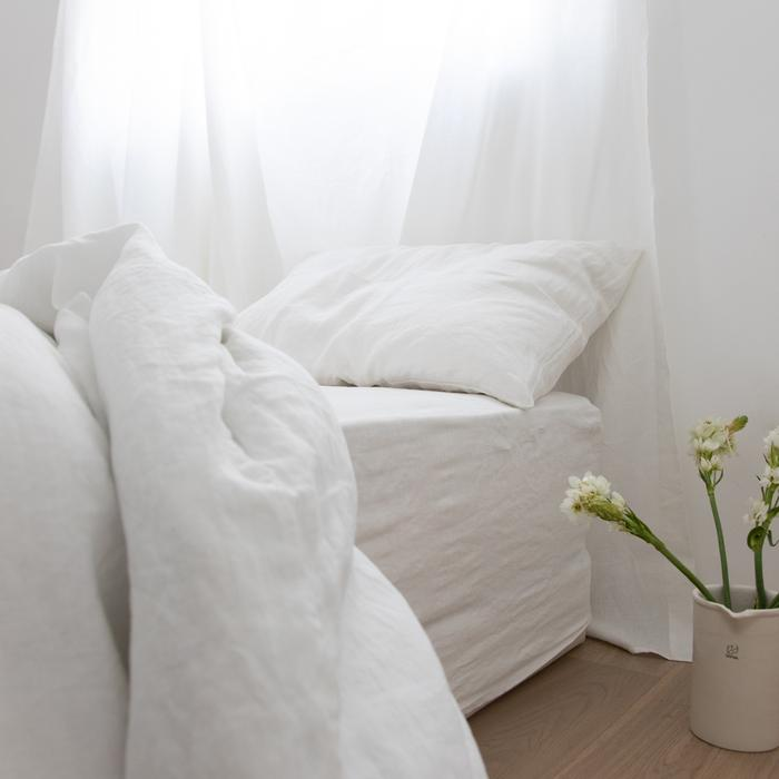 BED SET, WHITE