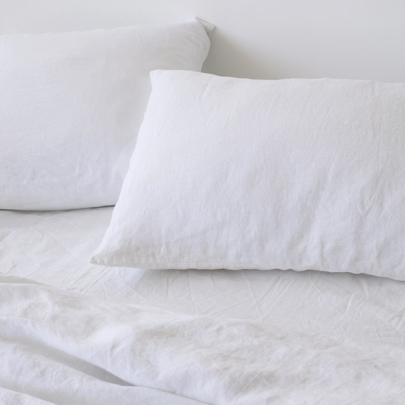 CLASSIC PILLOWCASES, WHITE